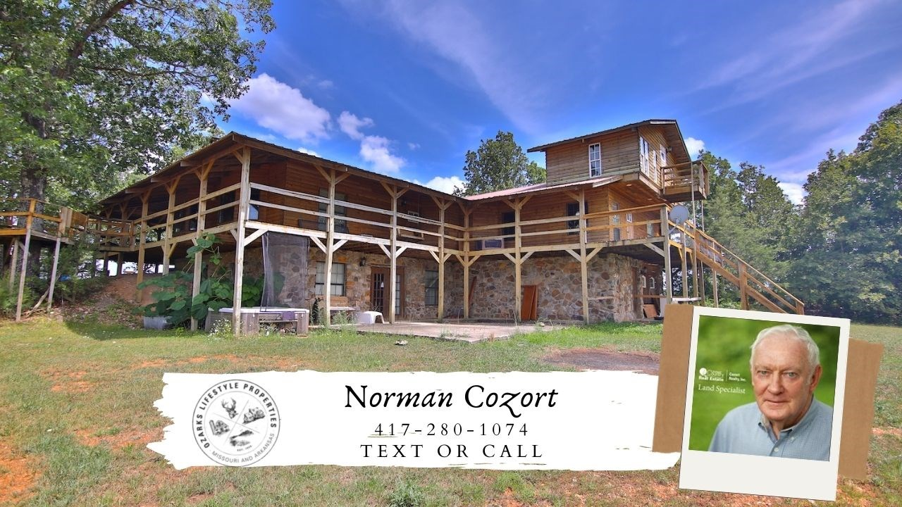 Country Home for Sale in Mammoth Spring, Arkansas