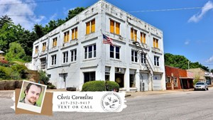 LARGE COMMERCIAL PROPERTY IN MO