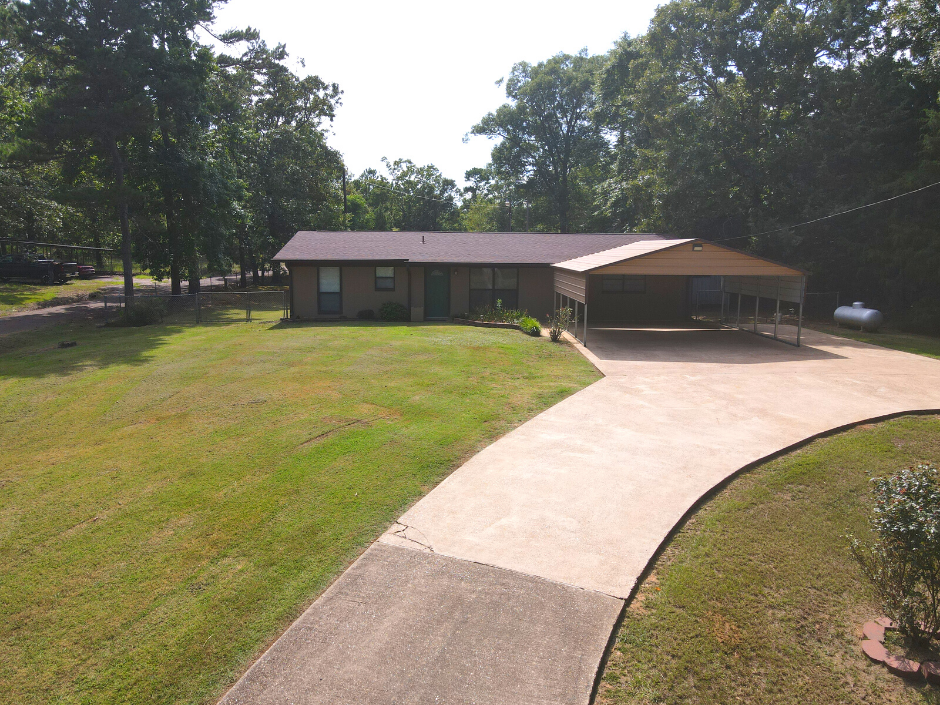 Country Home for sale in East Texas