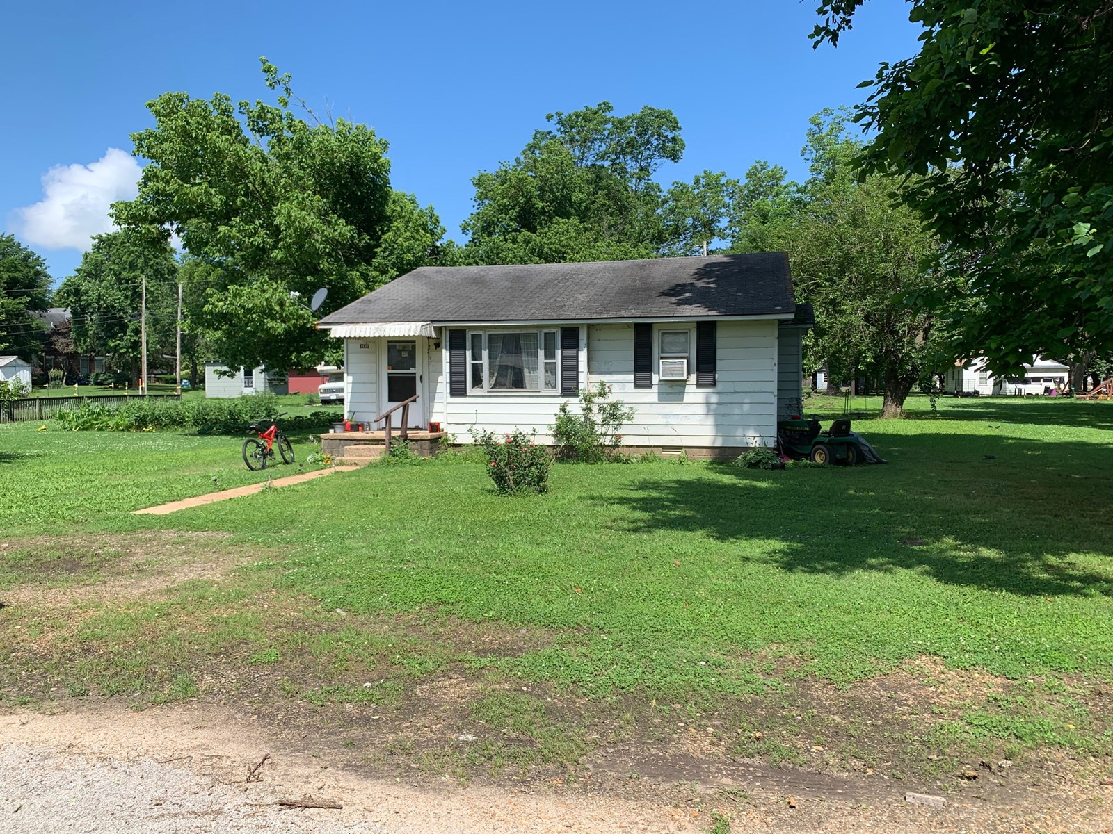 Home in town for sale, Fixer-Upper in Corning, Arkansas