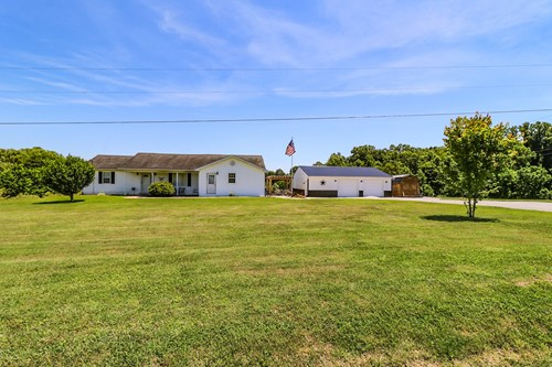 Country home for sale in Nancy Kentucky