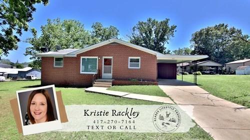 Brick Home in Alton, MO