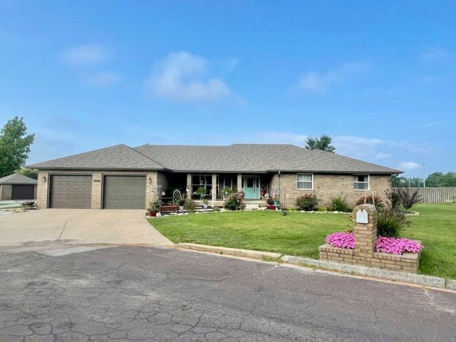 Southern Missouri Home for Sale!