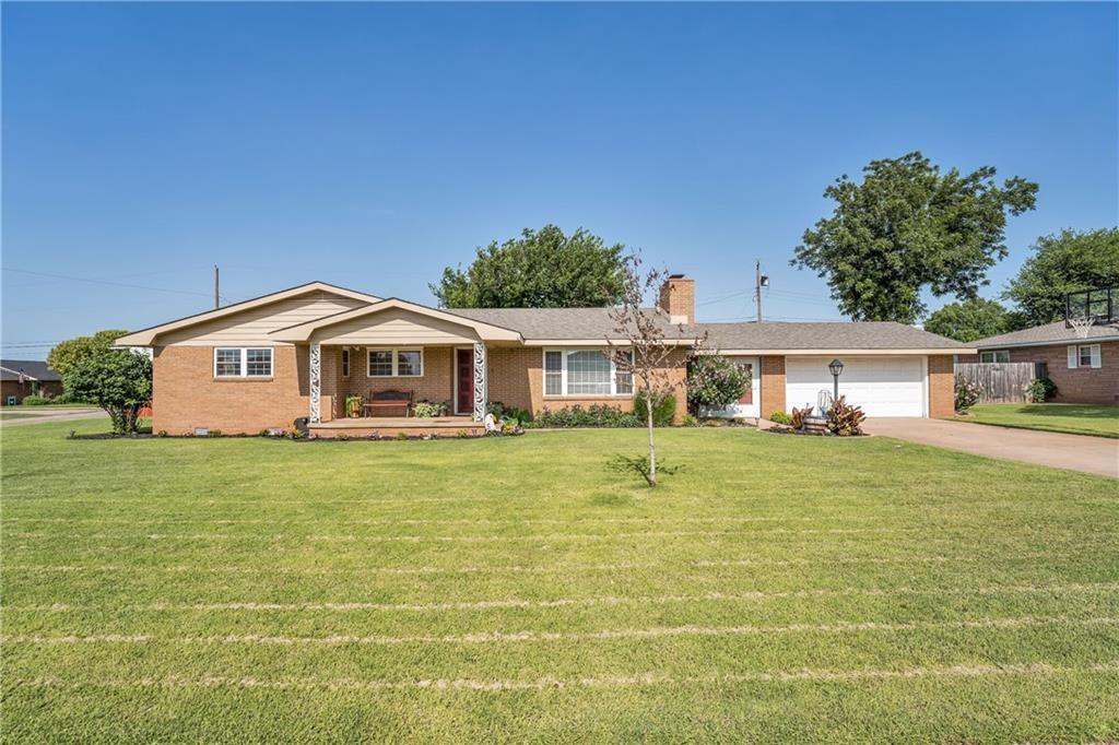 1801 N 2nd Street, Sayre, Oklahoma 73662