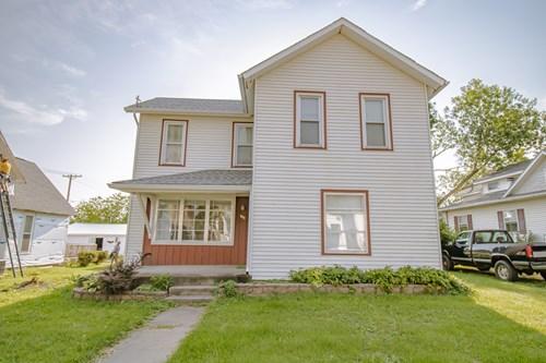 Home for Sale in Springville, Iowa