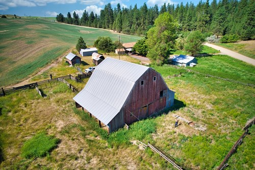 Producing Agricultural Land with Charming Clean 50's Rancher