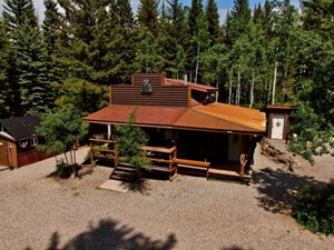COLORADO HUNTING CABINS AND LODGE FOR SALE