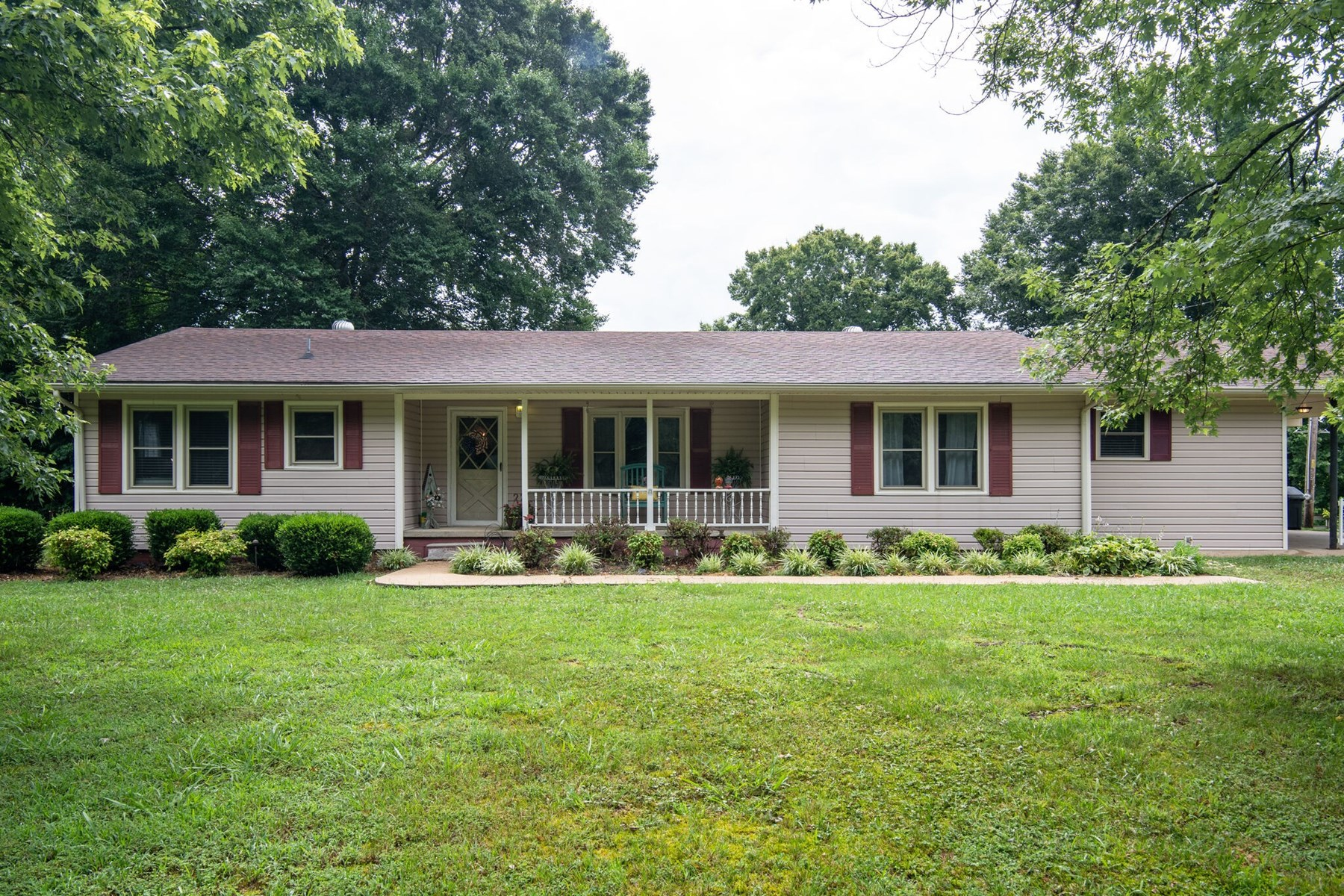County Ranch Home for Sale in Lewis County, Tennessee