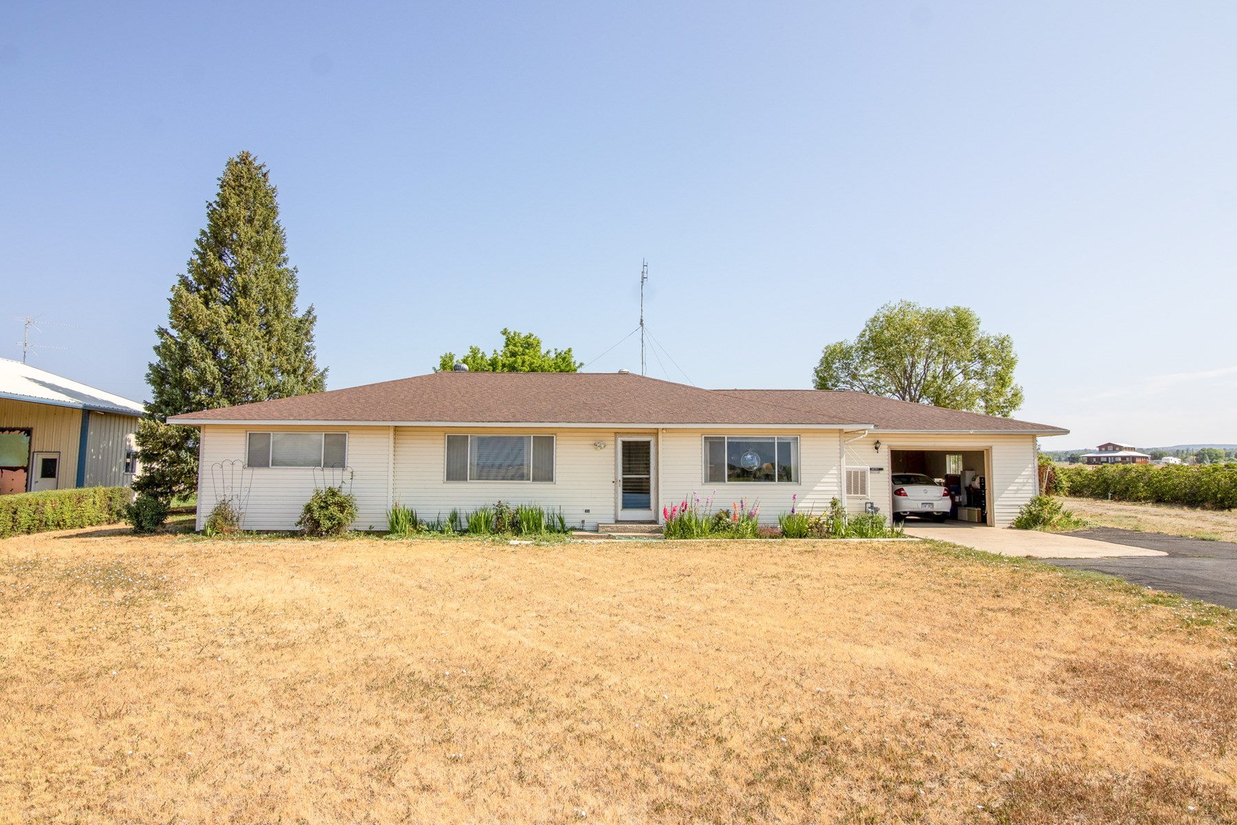 Spacious Country Home For Sale in Cortez, CO!