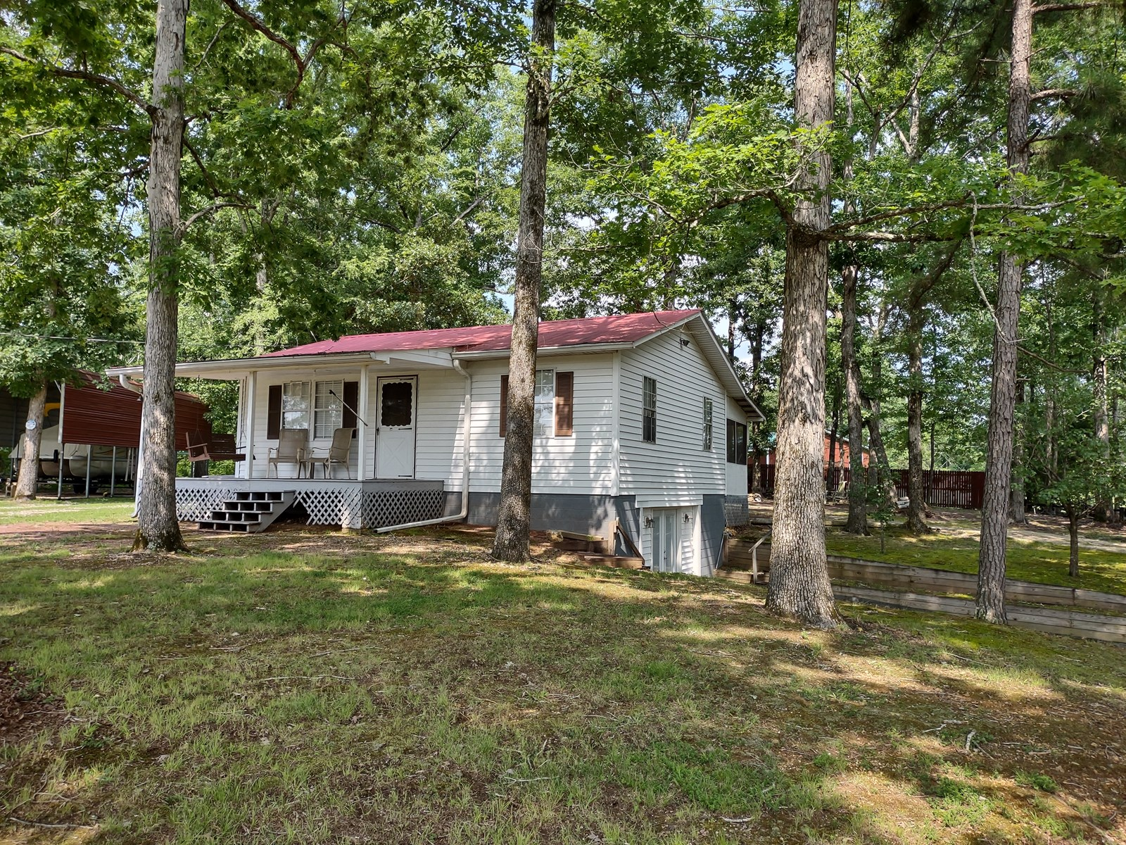 Recreational Retreat for Sale in Perry County, Tennessee