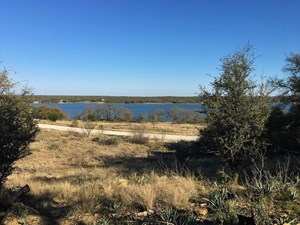 LAKEVIEW LOT IN KING'S POINT COVE AT LAKE BROWNWOOD, TX