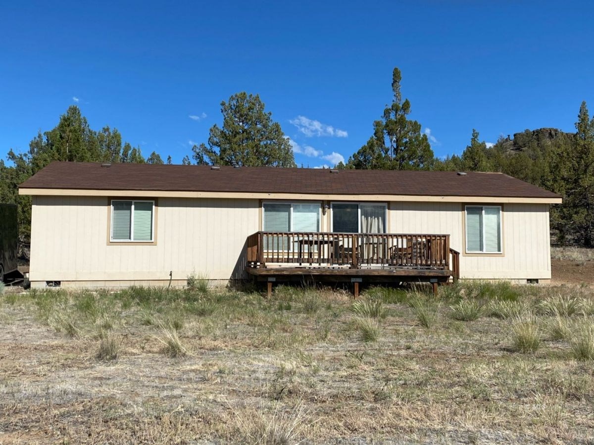 1.62 Acres with a Home For Sale in Alturas, CA