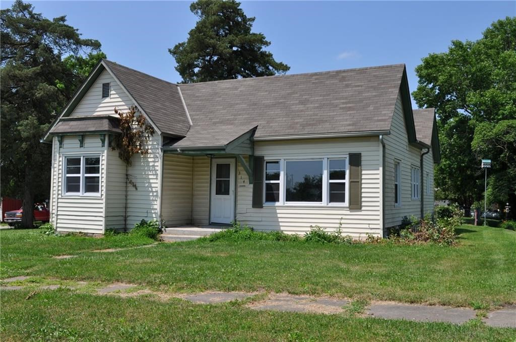 Perfect Starter Home On Corner Lot - King City, MO