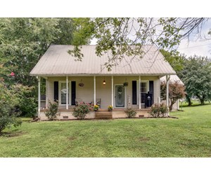 Country Home with Acreage for Sale in Culleoka, Tennessee