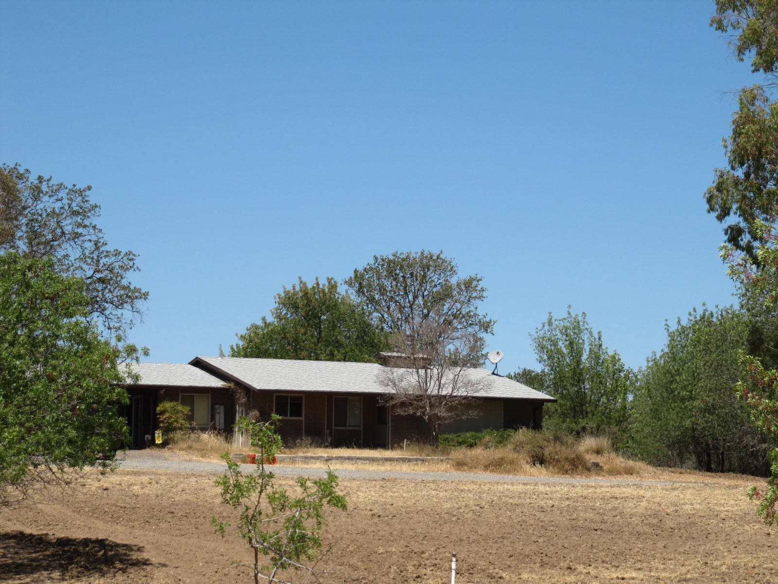 Northern California Country Home & Acreage For Sale