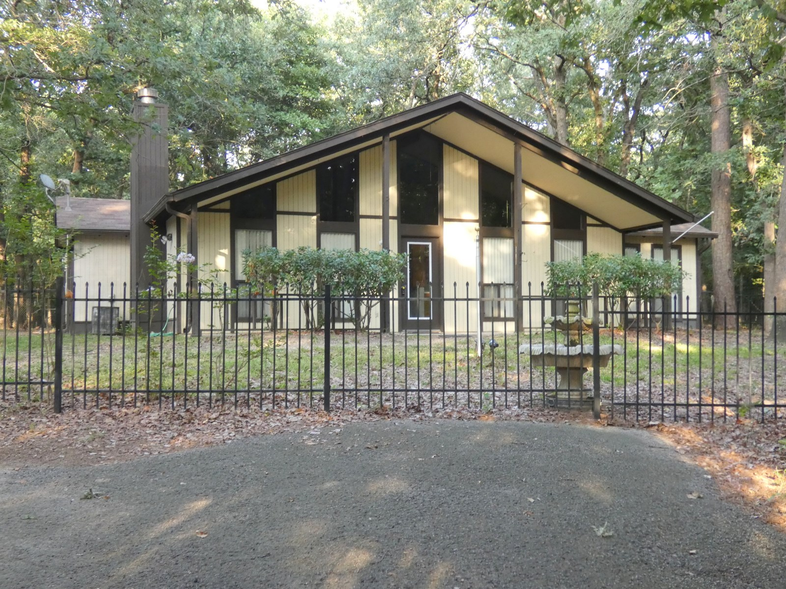 HOLLY LAKE RANCH GATED HOME, WOOD COUNTY, EAST TEXAS