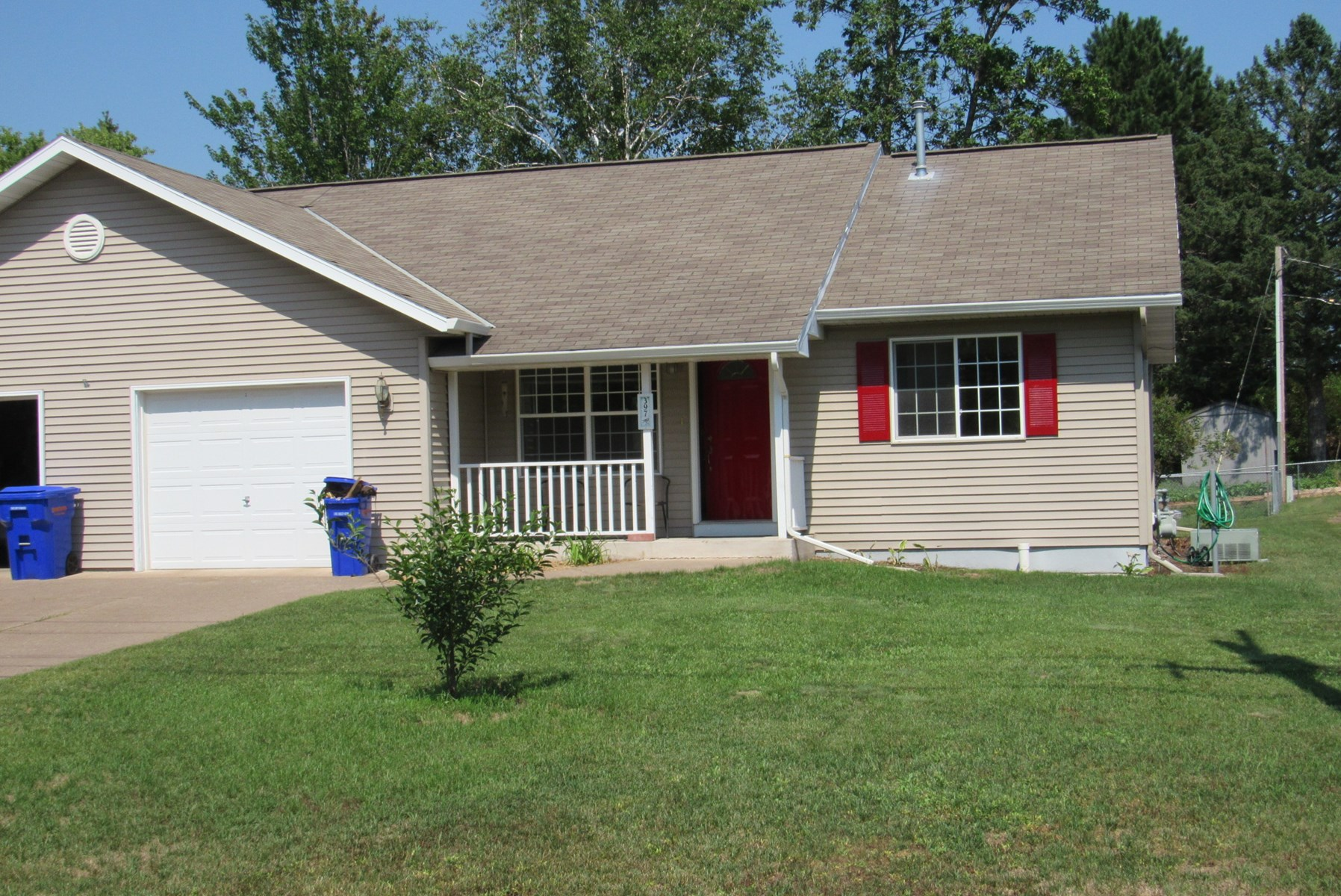 Move-In Ready Duplex Side For Sale in Moose Lake, MN
