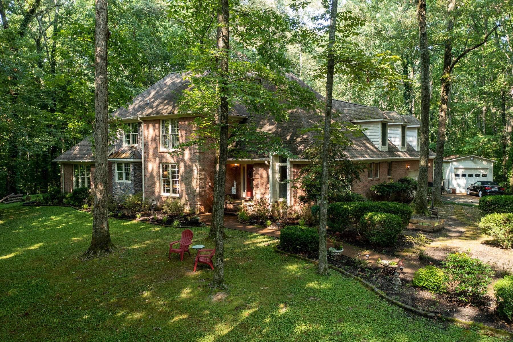 Home in Madison County 4BR 3.5BA on almost 2 acres for sale