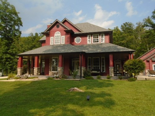 BEAUTIFUL MISSOURI HOME ON 40 ACRES