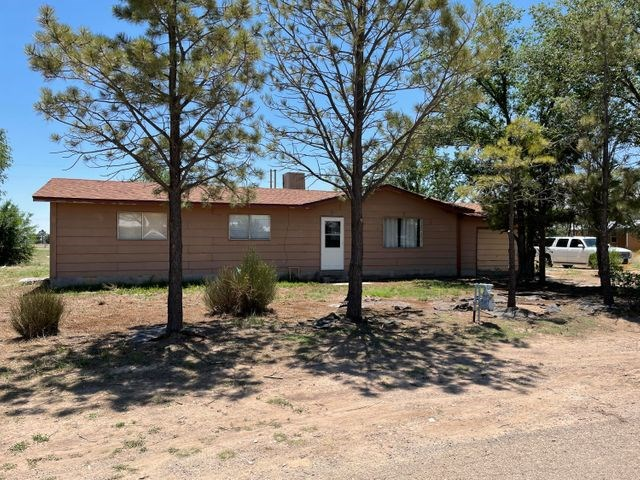 For Sale Country Home Located in Estancia, NM Torrance CO