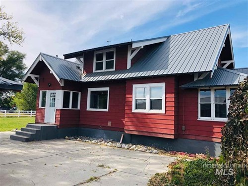Residential Income Property w/ Room to Build In Southern, ID