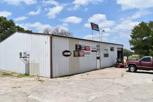 Commercial opportunity in Waco Texas in McLennan County
