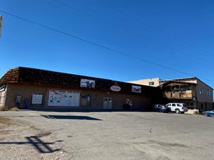 COMMERCIAL PROPERTY LIQUOR STORE WITH LIVING QUARTERS NM