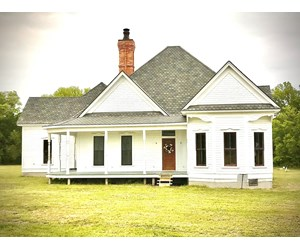 Historic,Victorian, Country Home on 34.33 Acres