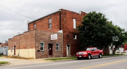 Turnkey Restaurant, 102 E Broadway, Madison, MO 65263