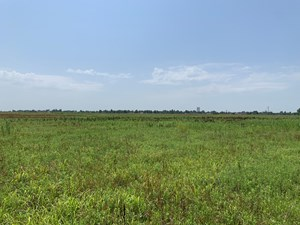 76 ACRES - ON THE HIGHWAY - CRESCENT, OK - DEVELOP OR BUILD!