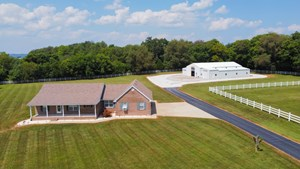 3 BED 2 BATH HOME, LARGE GARAGE FOR SALE, BOWLING GREEN KY