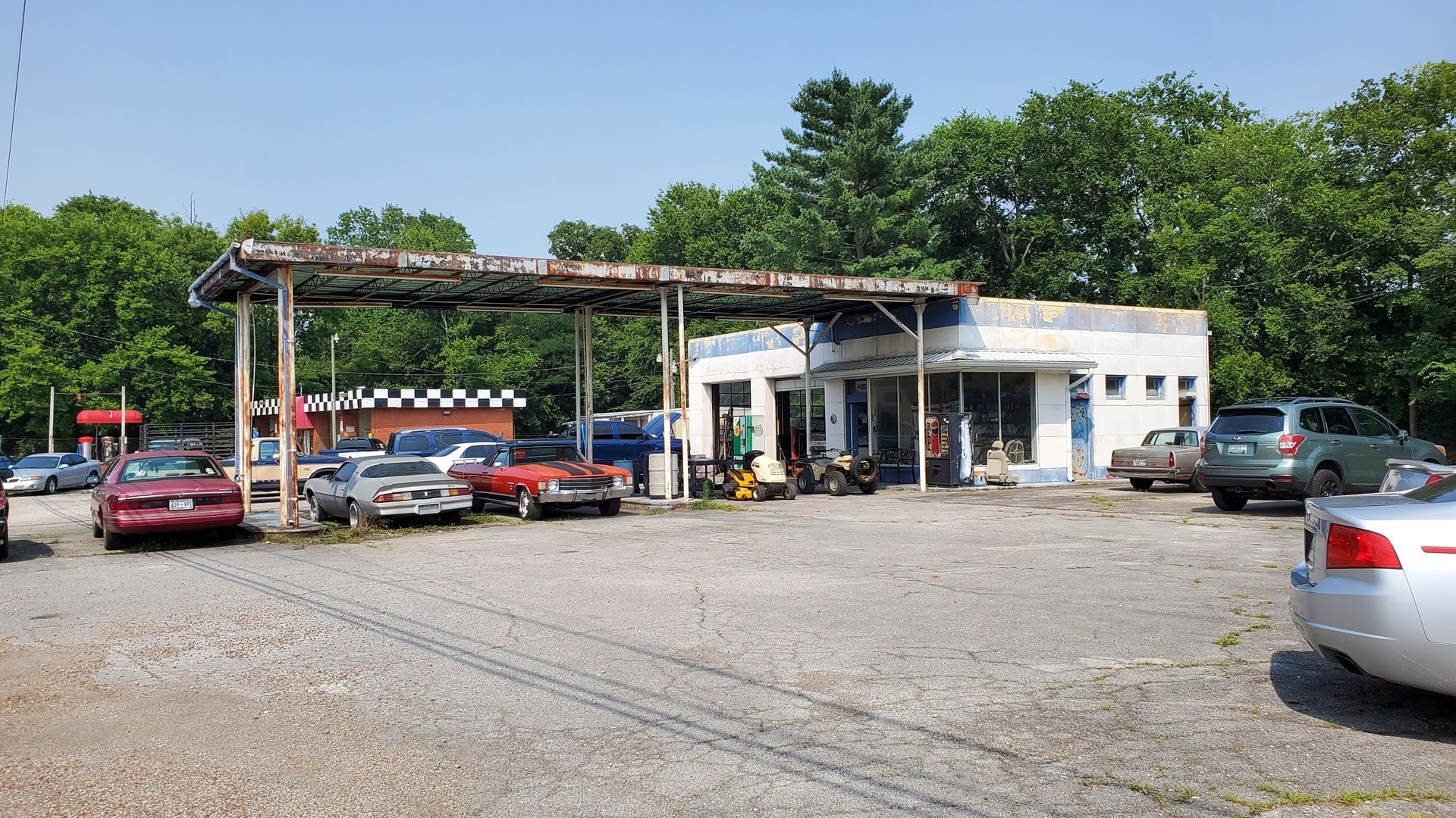Commercial Property for Sale in Mt. Pleasant, Tennessee