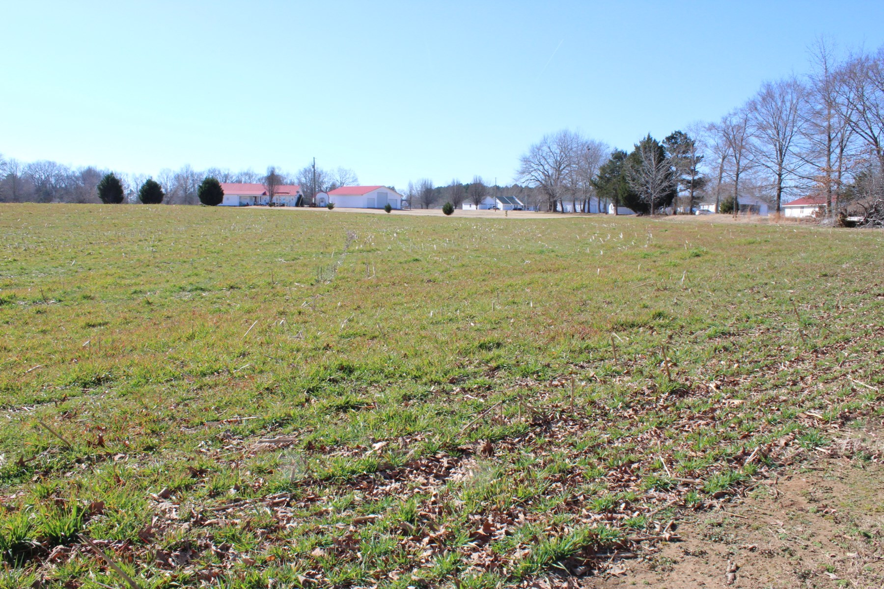 ACREAGE LAND TO BUILD ON CLOSE TO GOLF COURSE, NEAR FISHING