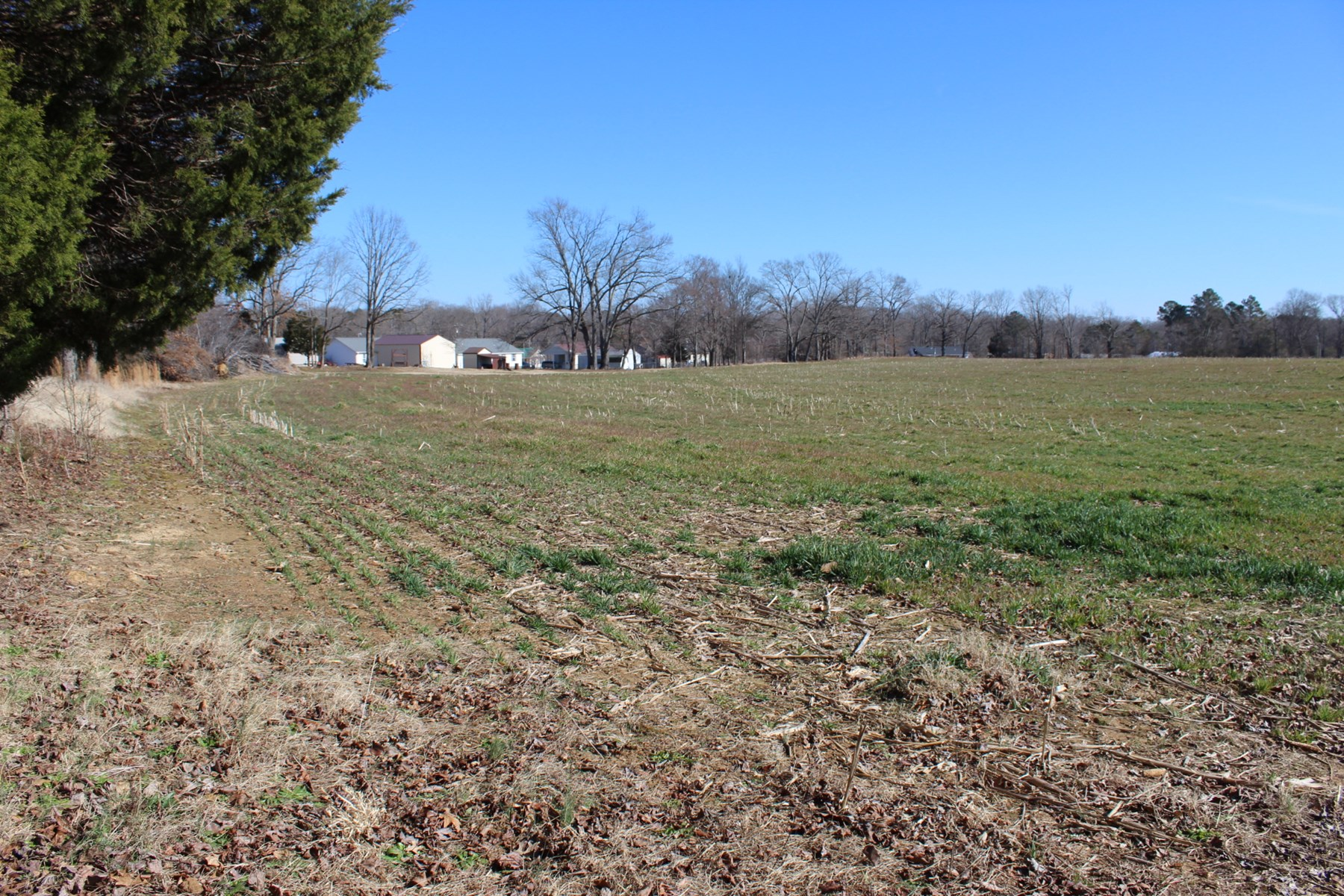 VACANT LAND TO BUILD ON CLOSE TO GOLF COURSE, NEAR FISHING