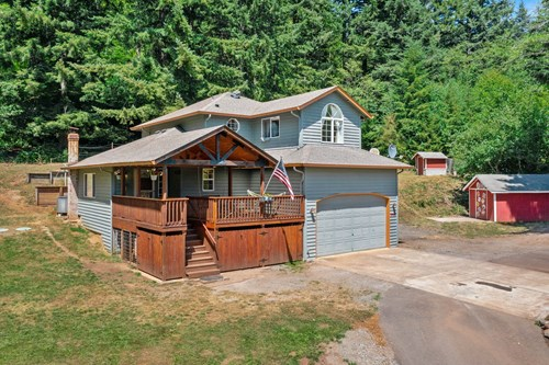 3 bed, 2 bath country home for sale in Brush Prairie, WA