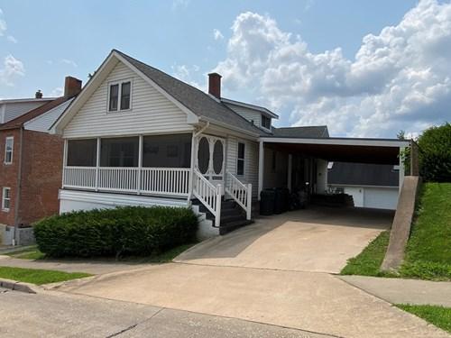 Spacious home in Hermann, MO