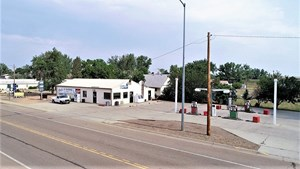 TURN-KEY CONVENIENCE STORE AND LAUNDROMAT FOR SALE WIBAUX