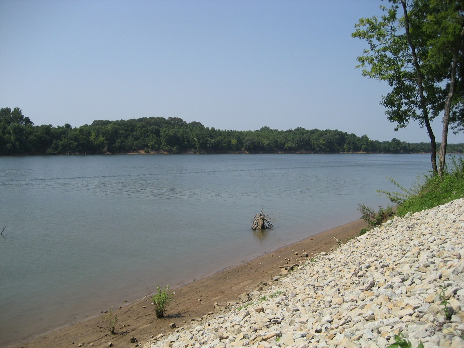 WATERFRONT LAND FOR SALE – TN RIVER FRONT LOT