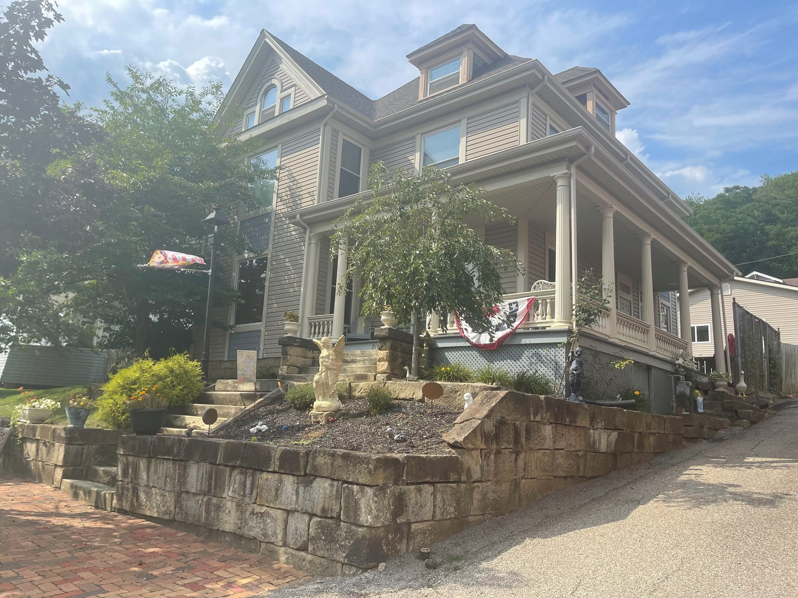 Clarington OH Victorian home for sale