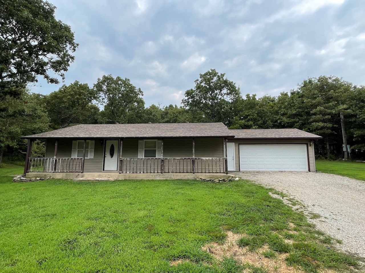 Country Home with Private Setting - West Plains, Missouri