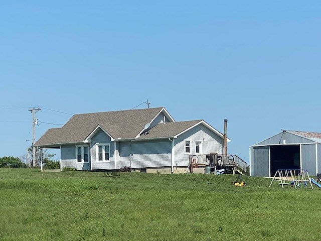 NW MO COUNTRY HOME AND 20 ACRES FOR SALE