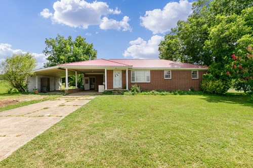 Brick Home for Sale on 8 ACRES - Barn & Storm Shelter in TN