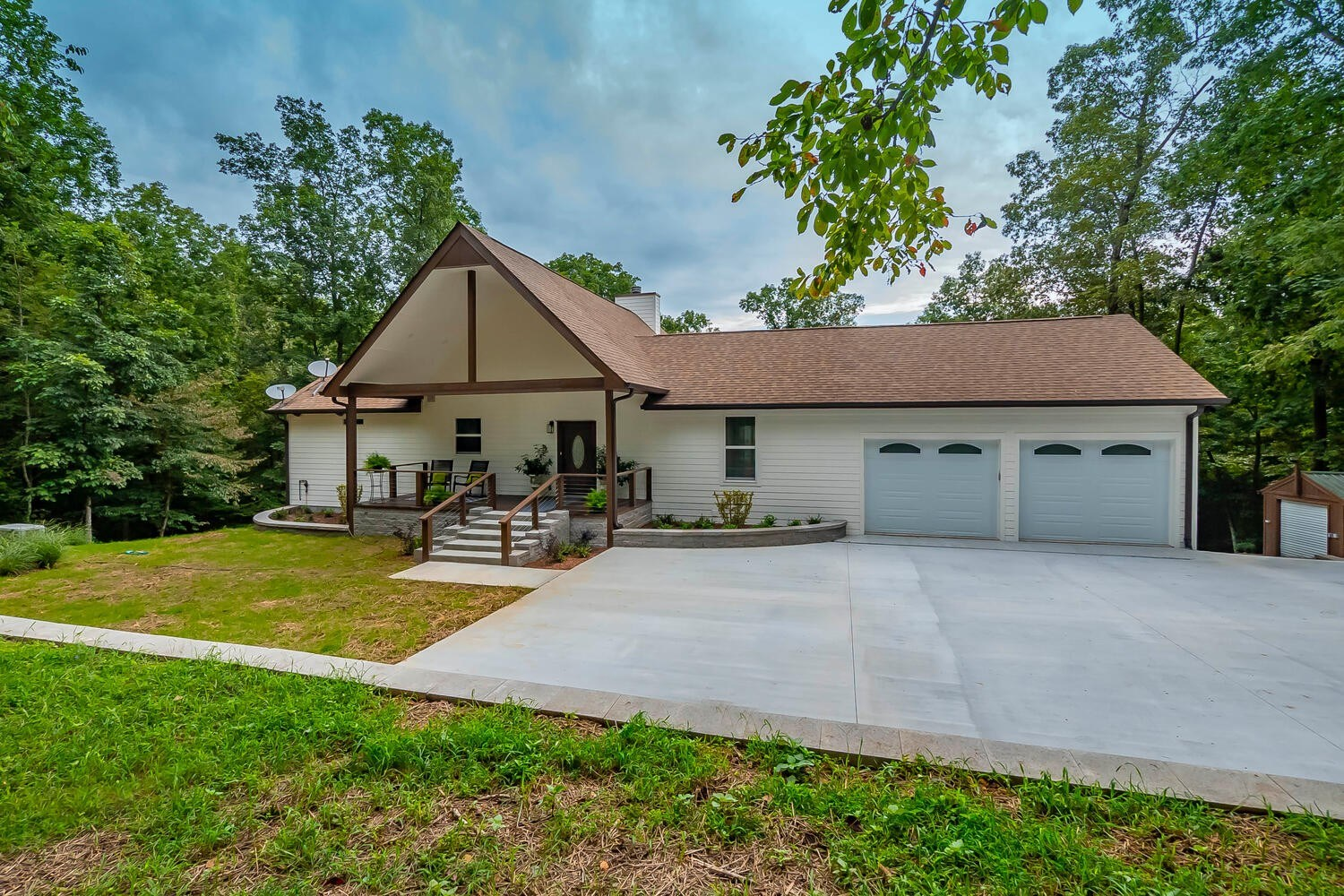 Country Home For Sale in Primm Springs TN