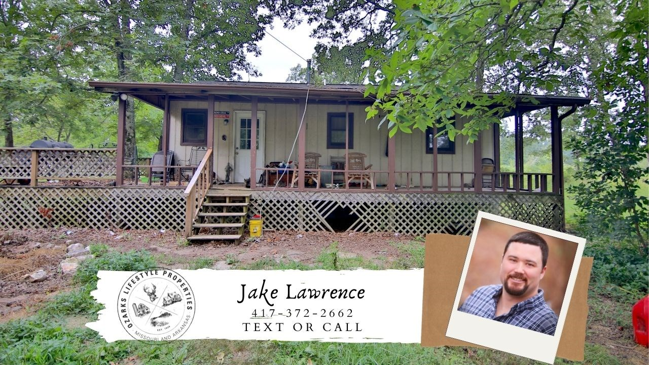 County Home with Acreage for Sale in the Ozarks
