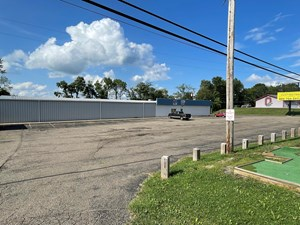WOODSFIELD OH BOWLING ALLEY/BAR FOR SALE
