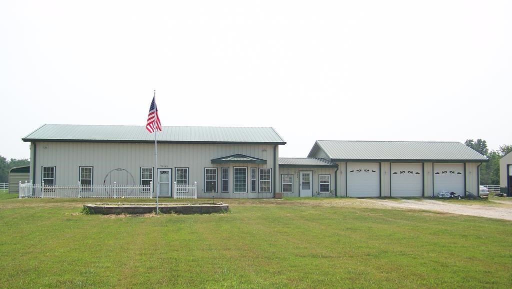 Country Home for sale in Humboldt Kansas