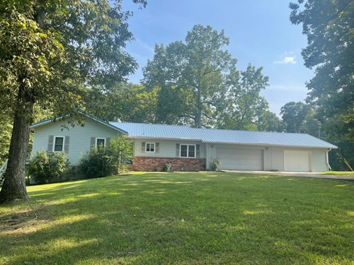 Home on Big Creek Ash Flat, Ar For Sale