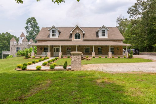 FAIRVIEW TN HOME FOR SALE, COUNTRY HOME NEAR NASHVILLE, TN