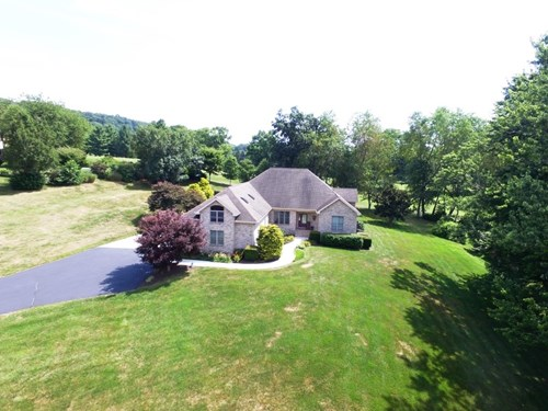 Immaculate home on award winning golf course in Southwest VA