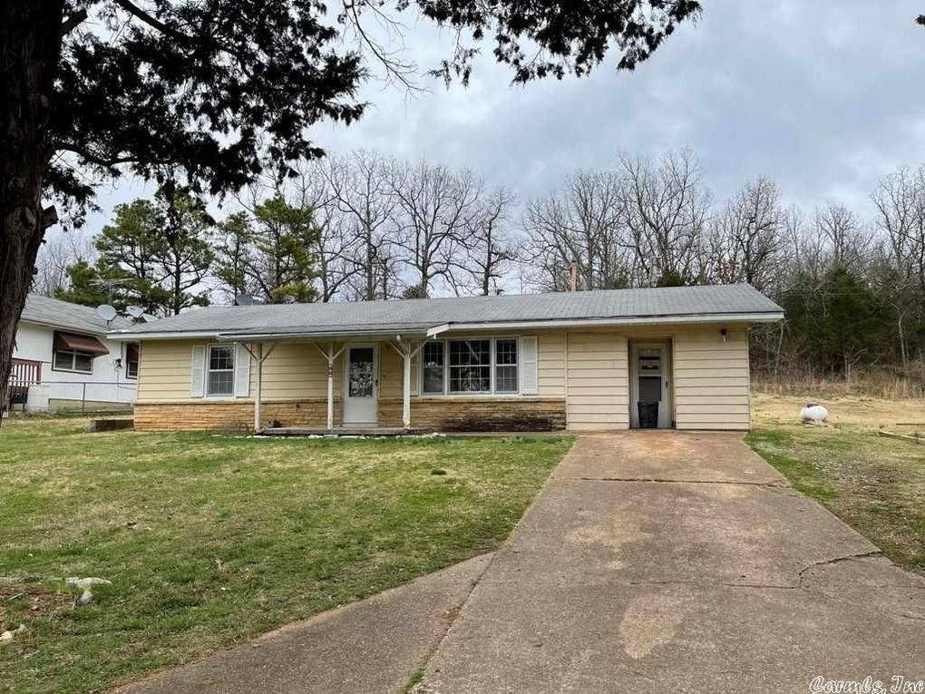 Town House in Horseshoe Bend, AR